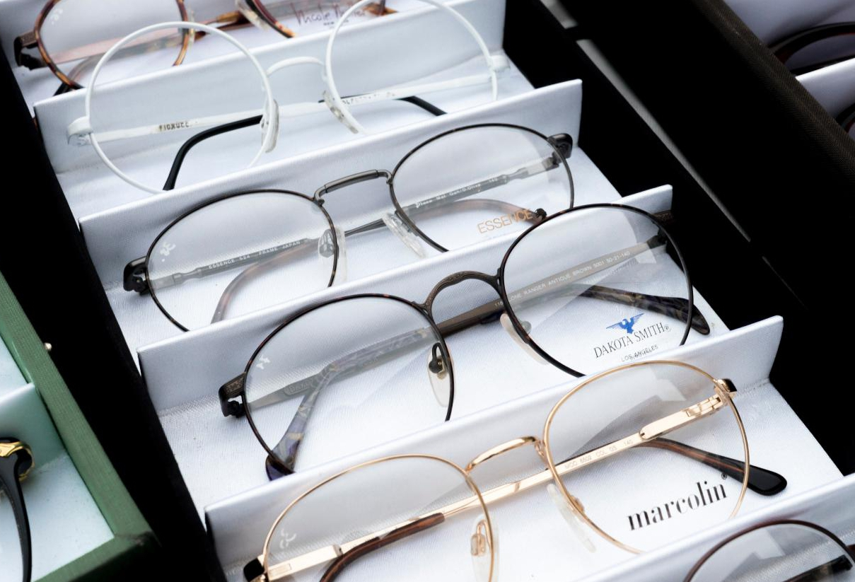 How to Buy Optical Glasses of the Best Size?
