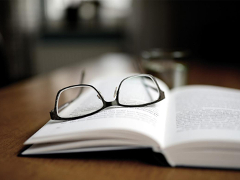 How to Select Bifocal Reading Glasses?