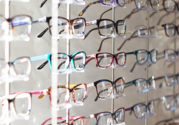 How to Pick the Best Progressive Lens Glasses?
