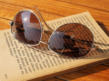 Why Need to Wear Reading Sunglasses?